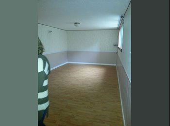 1000 sq ft all yours!