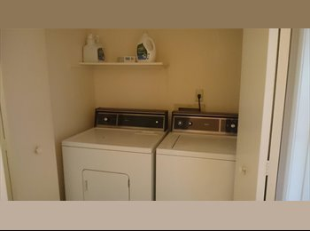 Looking for a chill roommate to share my 2brx2ba apartment...