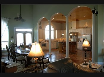 EasyRoommate US - $700 / 3000ft2 - Beautiful, LARGE Furnished Bedroom MOVE IN Today (Villas of Aurora Gated Subdivisio - Algiers, New Orleans - $700 /mo