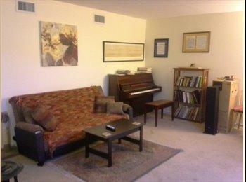 Roomy 2 BR Duplex w/ yard & parking