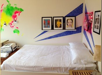 EasyRoommate US - Huge beautiful and very bright room, Dyker Heights - $950 /mo