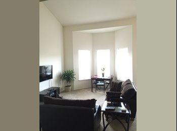 EasyRoommate US - Spacious multilevel apartment with privacy - Center Square, Albany - $800 /mo
