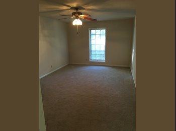EasyRoommate US - Master Room Private Bathroom - Sandy Springs / Dunwoody, Atlanta - $700 /mo