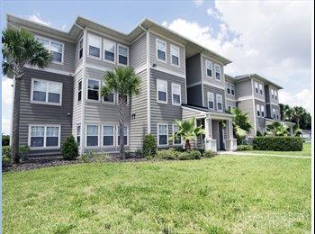 EasyRoommate US - Arbor Glen Apartment Master Bedroom - Lakeland, Other-Florida - $650 /mo