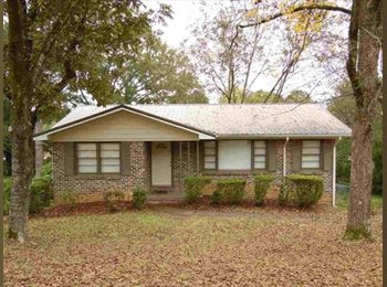 This adorable Huffman home is neat as a pen and ready for...