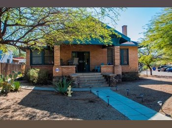 EasyRoommate US - 1 Room Available in Beautiful House 7 minutes Walking Distance from U of A Campus - Tucson, Tucson - $525 /mo