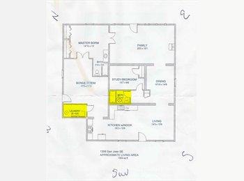 EasyRoommate US - Quiet and clean - Southeast Quadrant, Albuquerque - $450 /mo