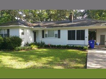 EasyRoommate US - West Ashley House - Charleston, Charleston Area - $525 /mo