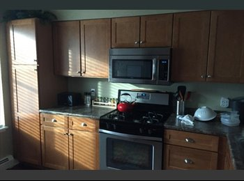 EasyRoommate US - Great South Burlington location, newly constructed gorgeous 2 bedroom unit fully furnished - Burlington, Burlington - $2,400 /mo