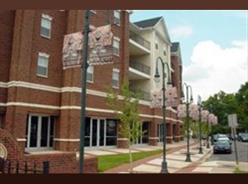 EasyRoommate US - Room for rent across from WKU campus.  - Bowling Green, Other-Kentucky - $629 /mo
