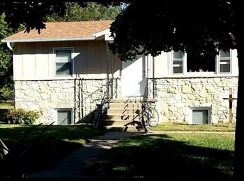 EasyRoommate US - Room Available - Manhattan, Other-Kansas - $300 /mo