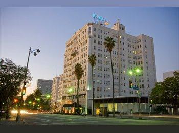 EasyRoommate US - old 5 star hotel apt.shared big studio.... - Beverly Hills, Los Angeles - $445 /mo