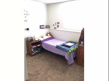 Room Near CSU - 2034 W Plum