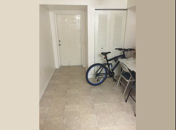 EasyRoommate US - Roommate Wanted - Vero Beach, Other-Florida - $250 /mo