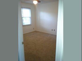 Room for rent in a quiet neighborhood