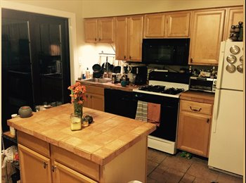 Room available in Hst Rowhouse