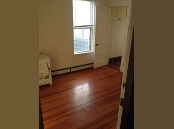 3 min walk to T, parks and beach, close to Southie