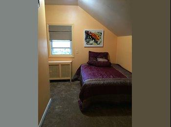 EasyRoommate US - Cozy bedroom 15 from JFK  - Valley Stream, Long Island - $750 /mo