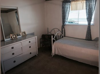 Room in Home In Oakland Ca, Hills for Rent
