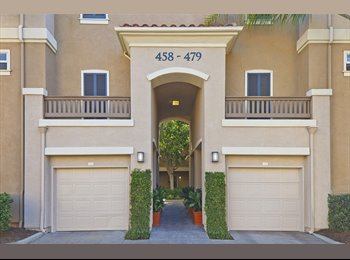 $1050 / 1058ft2 - West Park - Santa Clara, Master Suite...