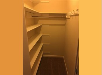 Large Room near 249  and Vintage