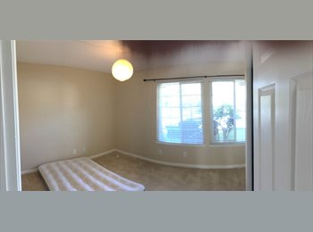 EasyRoommate US - Private Room For Rent w/Full Bathroom in a Beautiful House - Union City, San Jose Area - $900 /mo
