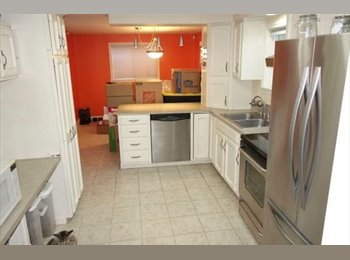 EasyRoommate US - Spacious house with large yard in South West Seattle - West Seattle, Seattle - $910 /mo