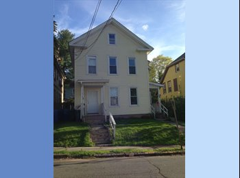 EasyRoommate US - Large space in 2nd unit of Duplex for rent in Meriden, CT - New Haven, New Haven - $600 /mo