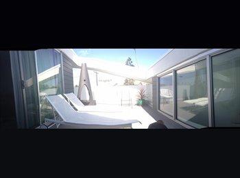 EasyRoommate US - Venice Beach Town House - Venice, Los Angeles - $2,500 /mo