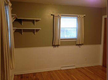 EasyRoommate US - Bright room with quiet secure home space. - Hamilton, Indianapolis Area - $500 /mo