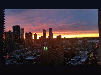 21st floor apartment in the heart of Manhattan!
