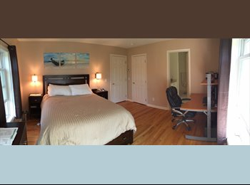 EasyRoommate US - Master Bedroom for Rent in Luxury Townhouse - Stamford, Stamford Area - $1,750 /mo