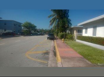 EasyRoommate US - Immediate room available in Miami Beach  - Miami Beach, Miami - $600 /mo