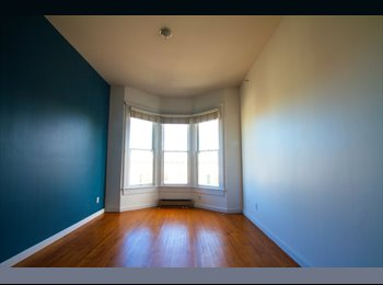 EasyRoommate US - Master bedroom, office, private bathroom 2 floor apartment on Haight! - Haight Ashbury, San Francisco - $4,300 /mo