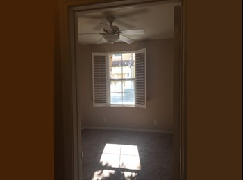 EasyRoommate US - Room w/Private Bath $1000 (utilities included) in Quail Hill, Irvine  - $100 OFF for Xmas!! - Irvine, Orange County - $1,100 /mo