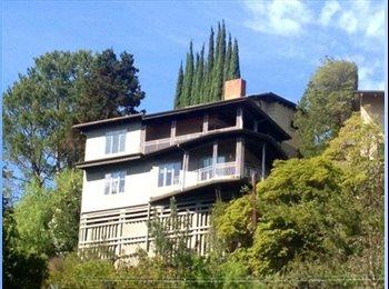 EasyRoommate US - $1,450!! Amazing Views, House, & Roomies in Hollywood Hills!!  - Hollywood, Los Angeles - $1,450 /mo
