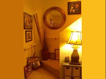 Lovely Hawaiian Decorated Home w/1 room available