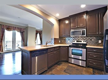 EasyRoommate US - Sophisticated Buckhead Condo in Upscale Location - Buckhead, Atlanta - $1,100 /mo