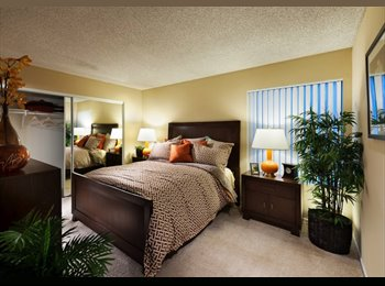Room in Huntington Beach! - $850 (utilities included + pet...