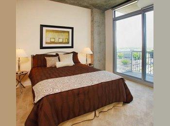 EasyRoommate US - $1038 Luxury room in uptown Charlotte (Catalyst) (Uptown) - Charlotte, Charlotte Area - $1,038 /mo