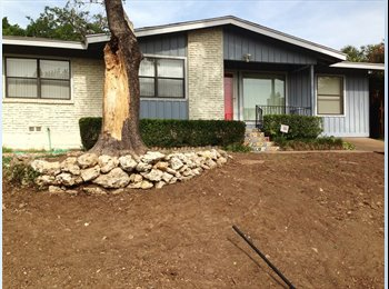EasyRoommate US - Cozy house, walking distance to Central Market, full amenities - Downtown, Fort Worth - $500 /mo