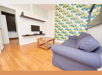 Available Now ! One Room In A  3 Br Fully Furnished Apt !