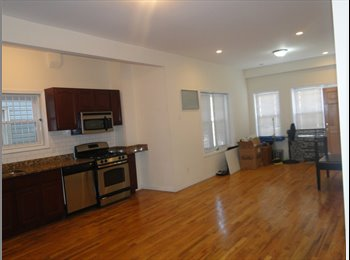 LARGE APARTMENT 2 bEDROOMS AND 2 FULL BATHROOMS