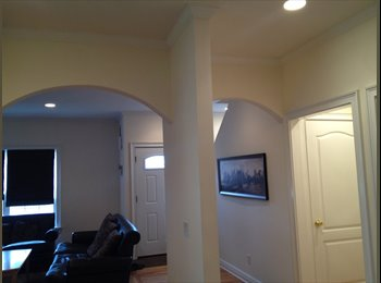 EasyRoommate US - Awsome luxuray townhouse share near beach - Stamford, Stamford Area - $1,450 /mo