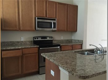 EasyRoommate US - Townhouse in Winter Garden (Great Area) - Orlando - Orange County, Orlando Area - $650 /mo