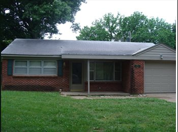 EasyRoommate US - College house close to campus and the Stadium  - Manhattan, Other-Kansas - $395 /mo