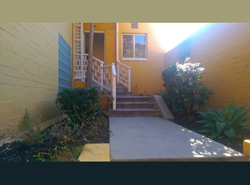 EasyRoommate US - Looking for Roommate  in park la brea  - Park La Brea, Los Angeles - $750 /mo