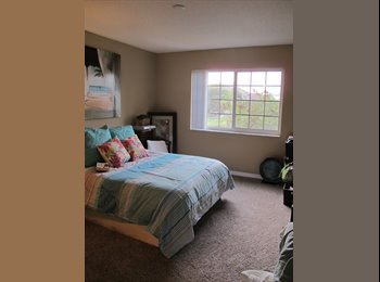 Lovely 1 bedroom avalible in a 2 bed 2 bath Apartment!...