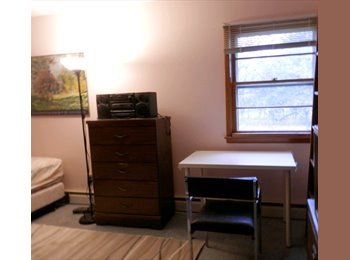 EasyRoommate US - Bright &  large room for rent - Paramus, North Jersey - $550 /mo