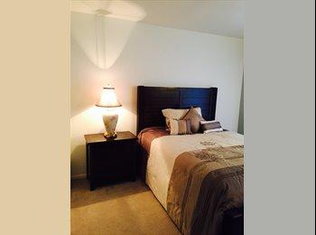 EasyRoommate US - Fabulous Room in Castle Rock (Denver Suburb) - Castle Rock, Denver - $750 /mo